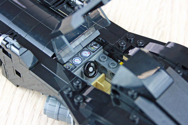 Le cockpit de la Mini Batmobile LEGO 40433