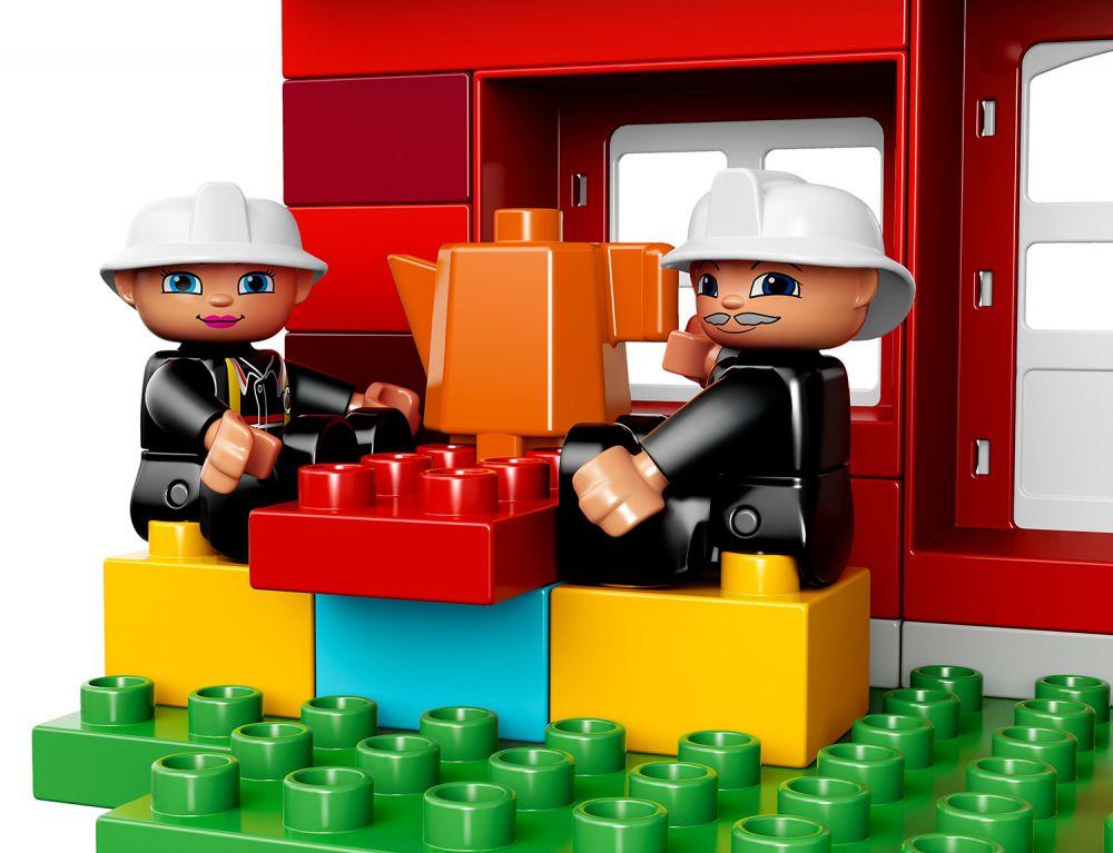 Lego duplo 10593 pas cher la caserne des pompiers - Caserne pompier playmobil pas cher ...