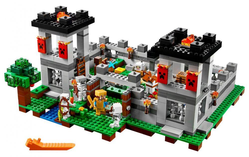 lego minecraft 21127 pas cher la forteresse. Black Bedroom Furniture Sets. Home Design Ideas