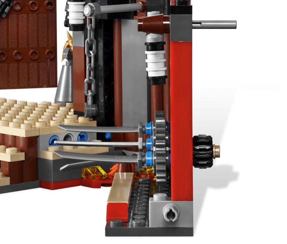 Lego ninjago 2504 pas cher le temple d 39 entra nement - Ninjago les 4 armes d or ...