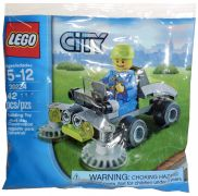 LEGO City 30224 Ride-On Lawn Mower (Polybag)