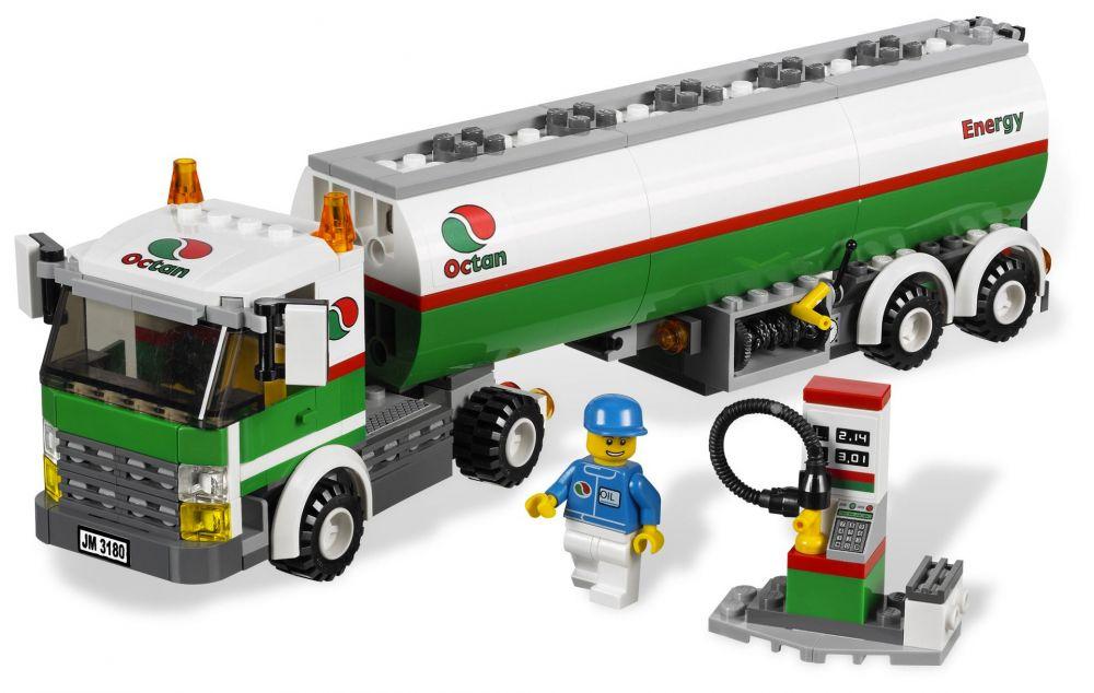 LEGO City 3180 Pas Cher, Le Camion-citerne