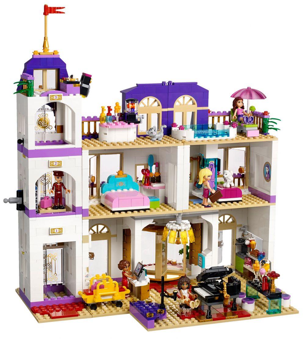 lego friends 41101 pas cher le grand h tel de heartlake city. Black Bedroom Furniture Sets. Home Design Ideas