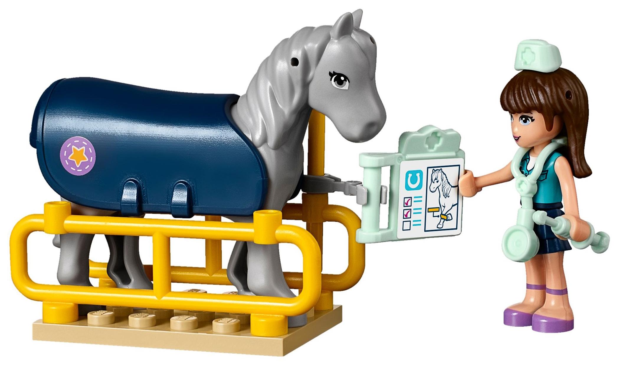 lego friends 41125 pas cher la remorque chevaux du v t rinaire. Black Bedroom Furniture Sets. Home Design Ideas