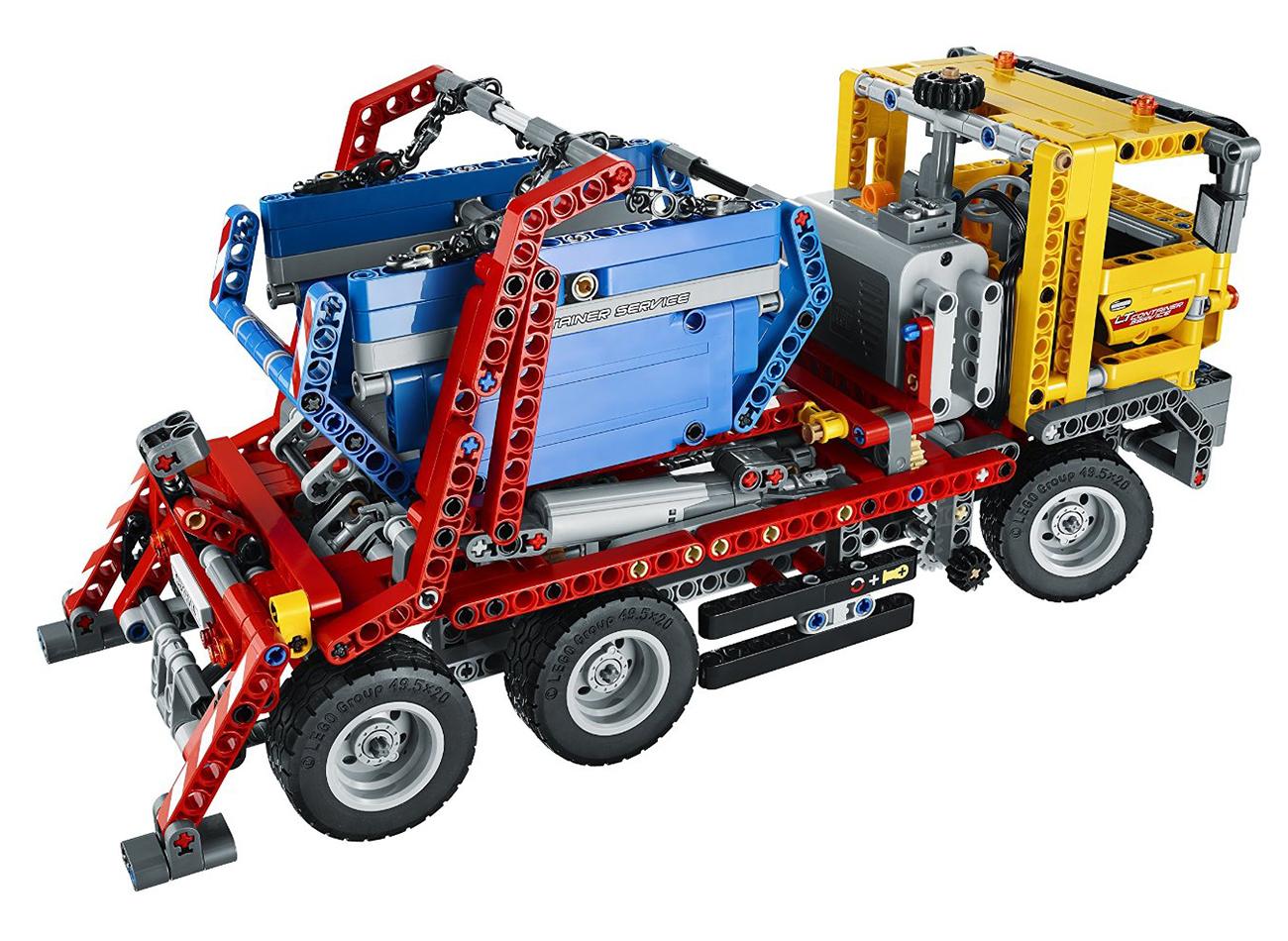 lego technic 42024 pas cher le camion conteneur. Black Bedroom Furniture Sets. Home Design Ideas