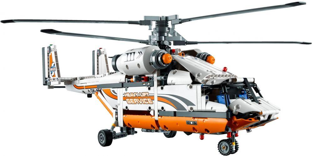 Elicottero S 64 F : Lego technic pas cher l hélicoptère de transport