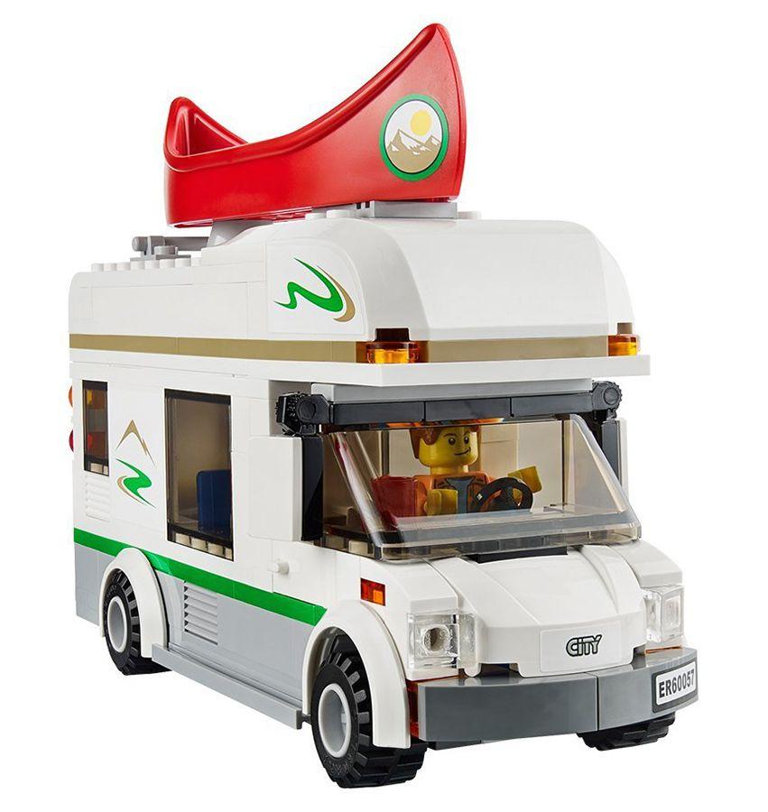 lego city 60057 pas cher le camping car et son cano. Black Bedroom Furniture Sets. Home Design Ideas