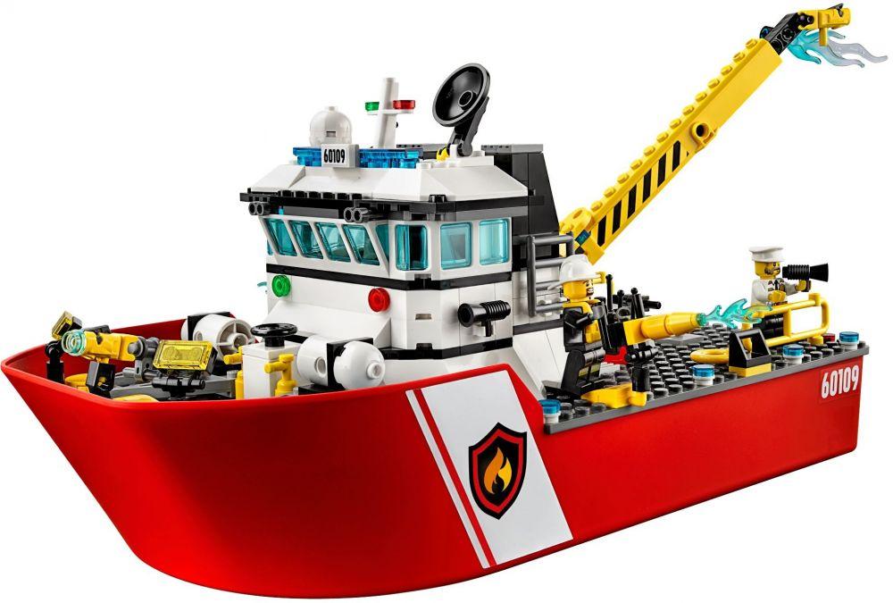 lego city 60109 le bateau de pompiers - Lego City Pompier