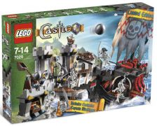 LEGO Castle 7029 Skeleton Ship Attack