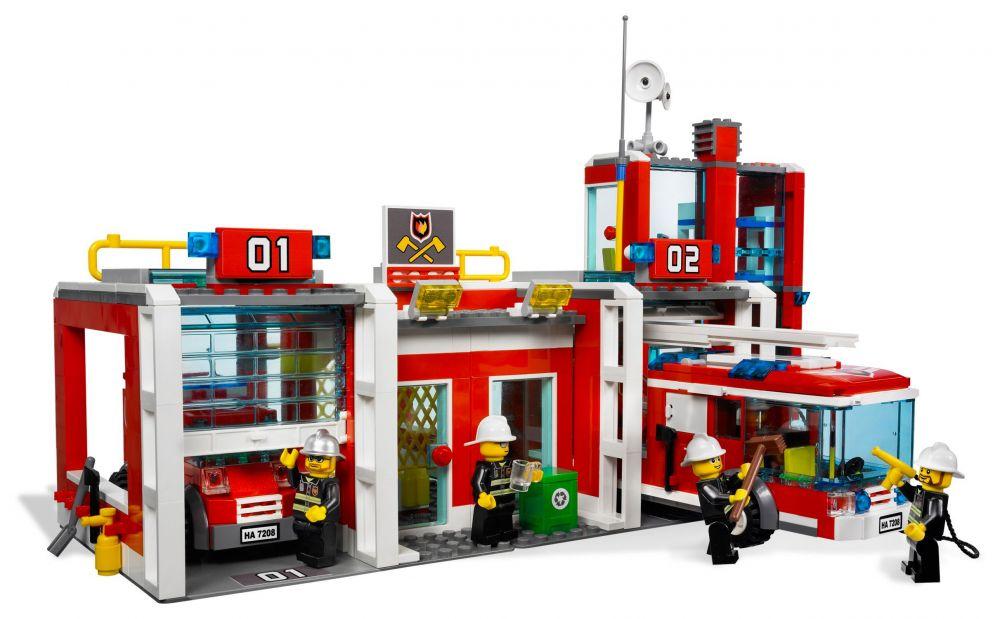 lego city 7208 pas cher la caserne des pompiers. Black Bedroom Furniture Sets. Home Design Ideas