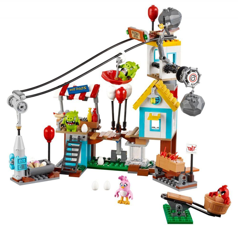 Lego angry birds 75824 pas cher la d molition de cochon ville - Papa cochon a la piscine ...