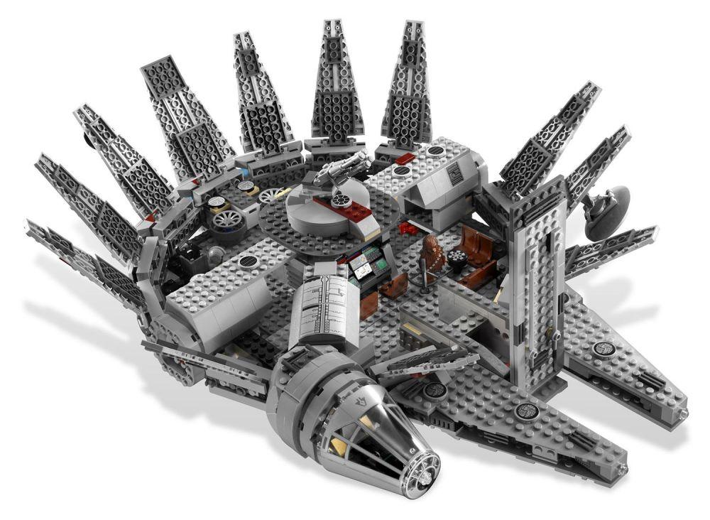 lego star wars 7965 pas cher le faucon millennium. Black Bedroom Furniture Sets. Home Design Ideas