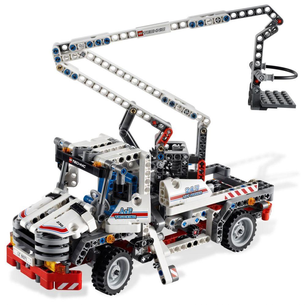 lego technic 8071 pas cher le camion nacelle. Black Bedroom Furniture Sets. Home Design Ideas