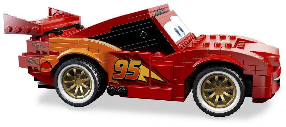 Lego cars 8484 pas cher flash mcqueen - Flash mcqueen et mack ...