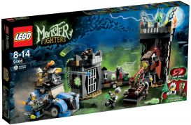 LEGO Monster Fighters 9466 Le professeur fou et sa créature monstrueuse