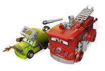 LEGO Cars 9484 Le sauvetage de Red