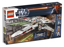 LEGO Star Wars 9493 - X-wing Starfighter pas cher