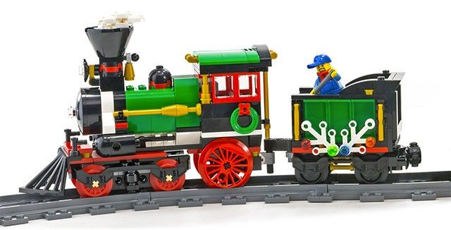 La locomotive et le tender du LEGO Creator 10254 Le train de Noël