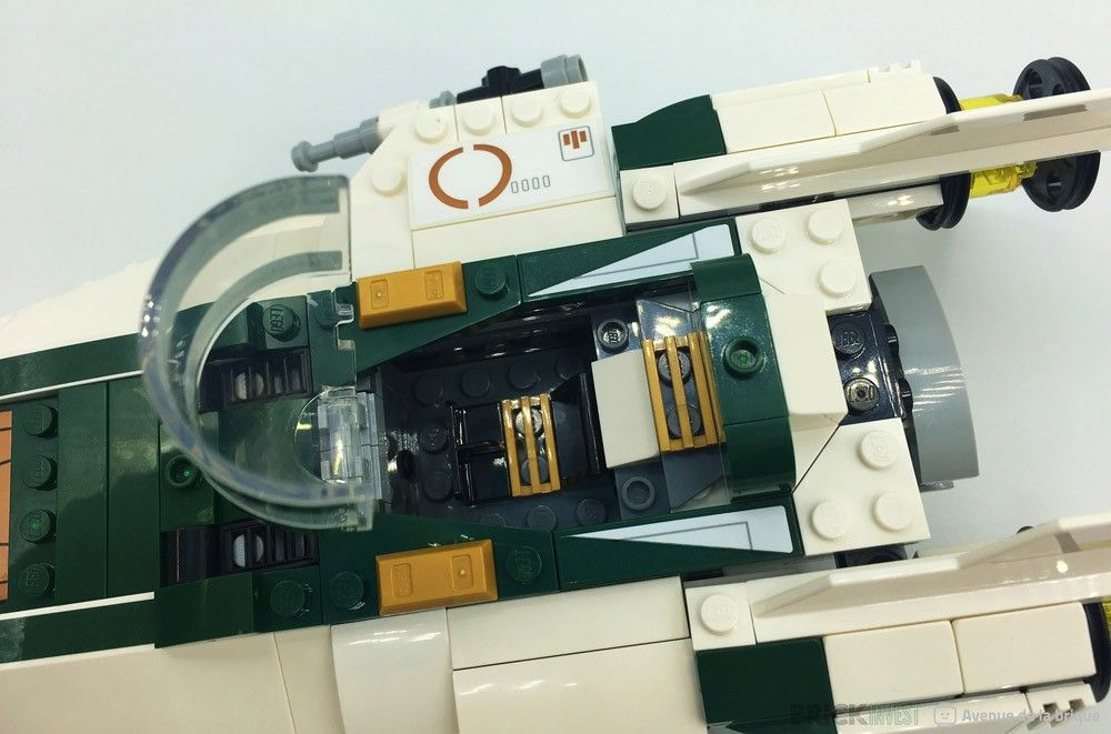 Review LEGO Star Wars 75248 Resistance A-Wing Starfighter - Le cockpit