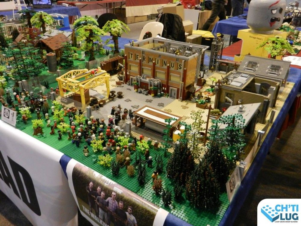 The Walking Dead en LEGO par l'association Ch'ti LUG aux Geek Days 2016 de Lille